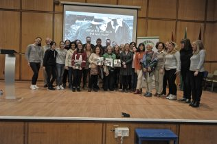 The EOI Malaga students who worked on the project with Pam Schweitzer